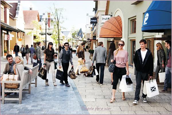 441926 Outlets de luxo na Europa s%C3%A3o muito frequentados por brasileiros 1 Outlets de luxo na Europa são muito frequentados por brasileiros