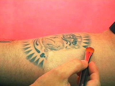 444154 Como esconder a tatuagem com maquiagem caseira Técnica para esconder tatuagem