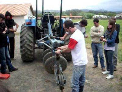 444614 curso tecnico gratuito de mecanizacao agricola Curso técnico gratuito de mecanização agrícola