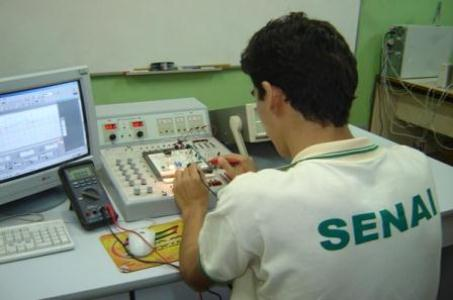 445333 cursos técnicos senai1 Cursos gratuitos de aprendizagem industrial SENAI, inscrições
