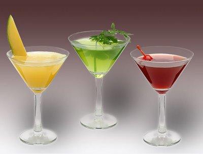 449989 Algumas bebidas são afrodisiacas Bebidas alcoólicas afrodisíacas