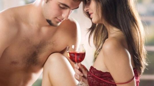 449989 O vinho é considerado um das bebidas alcoolicas mais afrodisiacas Bebidas alcoólicas afrodisíacas