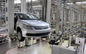 Governo diminui IPI de carros e divulga medidas que estimulam consumo