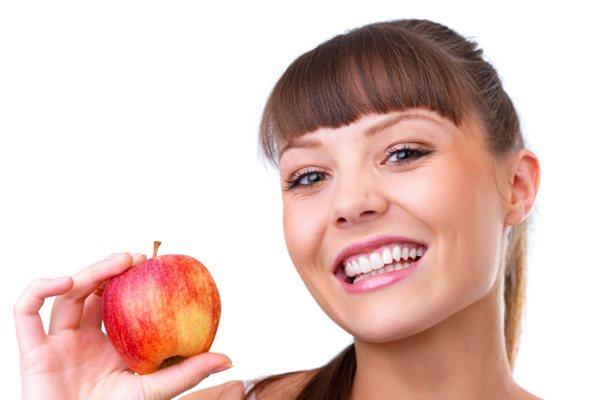 45275 sorriso bonito Implantes Dentários Gratuitos