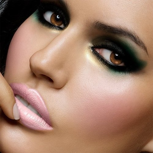 453522 Maquiagem glam como fazer3 Maquiagem glam: como fazer