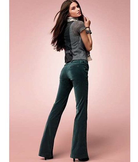 455177 como usar calças de veludo Calça de veludo: modelos, como usar
