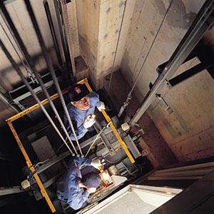 456415 Cursos gratuitos de montagem e conserva%C3%A7%C3%A3o de elevadores 2012 Cursos gratuitos de montagem e conservação de elevadores 2012