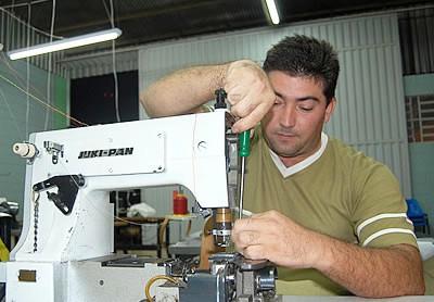 458219 Curso T%C3%A9cnico de Manuten%C3%A7%C3%A3o de M%C3%A1quinas de Costura Curso Técnico de Manutenção de Máquinas de Costura