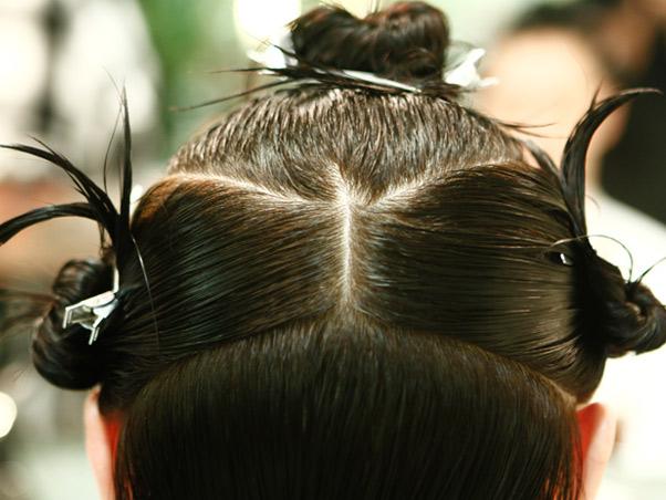 459284 como repartir o cabelo dicas4 Como repartir o cabelo: dicas
