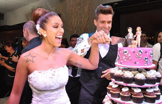 459840 Torre de cupcakes para casamento fotos dicas 4 Torre de cupcakes para casamento: fotos, dicas