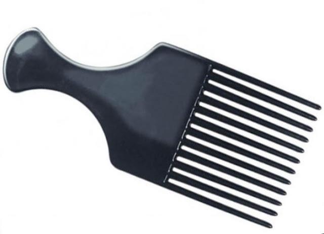 461406 O pente certo para cada tipo de cabelo 5 O pente certo para cada tipo de cabelo