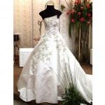 461542 Fotos de vestidos de noiva tomara que caia 07 150x150 Fotos de vestidos de noiva tomara que caia