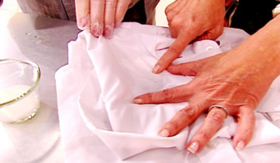 462270 como tirar mancha caneta 3 Como tirar mancha de caneta das roupas