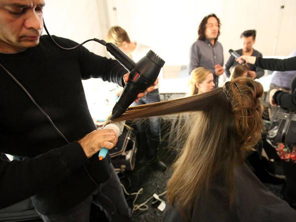464658 Curso gratuito cabeleireiro Senac MG Pronatec 2012 2 Curso gratuito cabeleireiro, Senac MG, Pronatec 2012