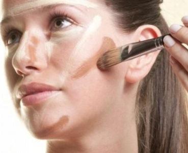 465566 Maquiagem para afinar o rosto.3 Maquiagem para afinar o rosto