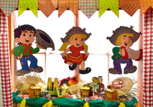 decoracao festa caipira: Festa Junina Dicas Fotos 3 Decoração em EVA para festa junina dicas