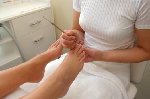 467313 Cursos de manicure e pedicure grátis Cursos de manicure e pedicure grátis