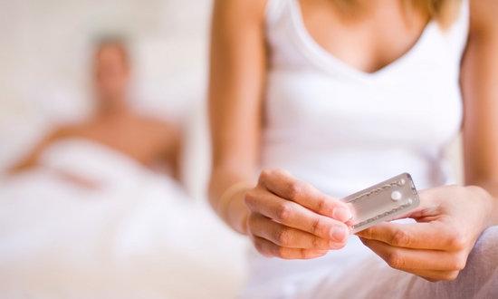 467990 A pilula anticoncepcional traz imensas vantagens para as mulheres que a utilizam. Pílula anticoncepcional: benefícios