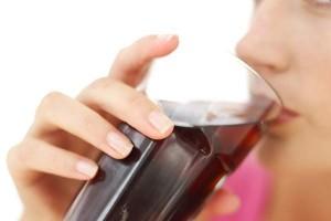 468421 Alimentos que danificam os dentes Alimentos que danificam os dentes