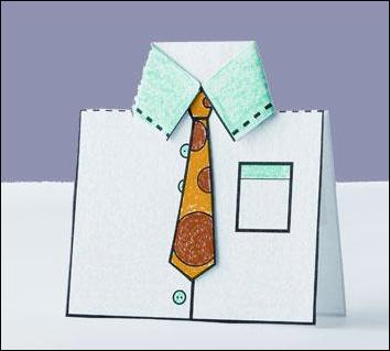 469310 o cartão em forma de camisa com gravata é lindo e muito fácil de ser feito 1 Lembrancinhas para dia dos pais na escola