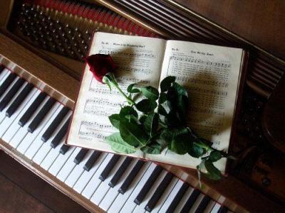 470968 As músicas romanticas internacionais são excelentes opções para casamentos Músicas românticas para casamento – dicas