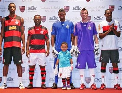471435 Uniforme do Flamengo 2012 2013 Uniforme do Flamengo 2012 2013