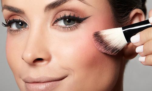 472846 blush festa Blush: como aplicar para cada formato do rosto