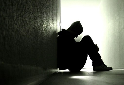 473093 Viver sozinho aumenta o risco de morte Viver sozinho aumenta o risco de morte