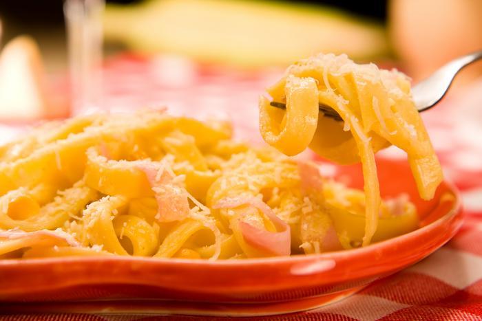 473580 Talharim ao leite de coco Almoço especial para o dia dos pais: dicas de prato