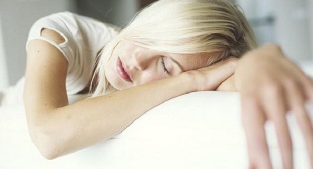 475800 Dormir sono size 598 Dormir pouco aumenta desejo por alimentos calóricas