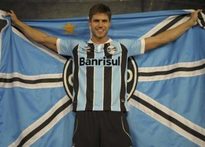 477125 Uniforme do Grêmio 2012 2013 Uniforme do Grêmio 2012 2013