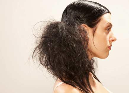477821 cabelos danificados 4 Tratamento para cabelos ressecados: dicas, cuidados
