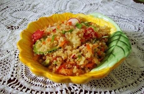 477844 32183 G Salada de Quinoa