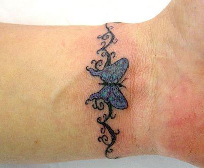 478038 Tatuagens pequenas no pulso 15 Tatuagens pequenas no pulso: fotos