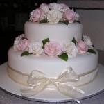 478570 Bolos decorados com flores 08 150x150 Bolos decorados com flores: fotos
