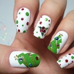 478905 unhas decoradas para o natal passo a passo 1 300x300 Unhas decoradas para o Natal, passo a passo