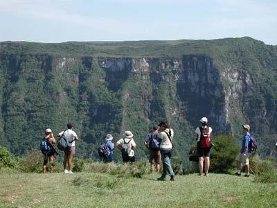 483587 Paraty é uma ótima opção para quem deseja estar em contato com a natureza. Pacotes de viagens Paraty RJ 2012 2013