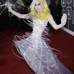 484937 Roupas esquisitas da Lady Gaga 04 150x150 Roupas esquisitas da Lady Gaga: fotos