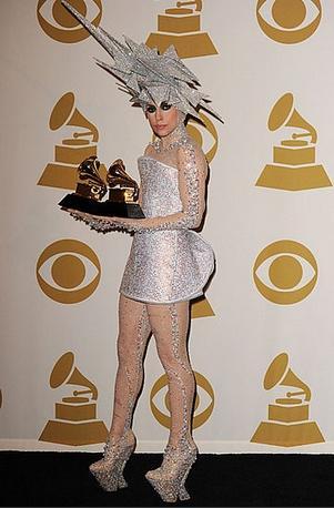 484937 Roupas esquisitas da Lady Gaga 18 Roupas esquisitas da Lady Gaga: fotos