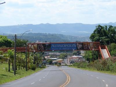 487993 A cidade de Altinópolis oferece curso de processo de açucar e alcool Cursos gratuitos Altinópolis 2012 – Via rápida