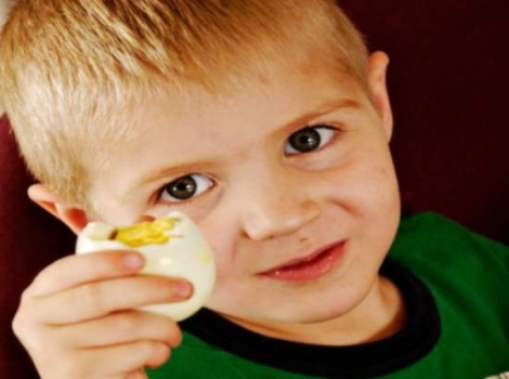 489870 Nova terapia pode ajudar crianças com alergia a ovo 1 Nova terapia pode ajudar crianças com alergia a ovo
