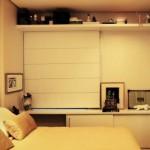 490889 O espelho na porta do guarda roupa é ótima ideia. 150x150 Decoração de quarto de casal pequeno, fotos