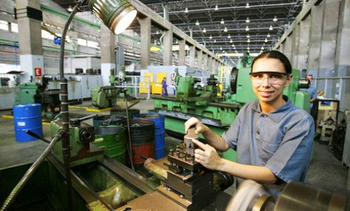 491472 O curso de mecanico montador é oferecido na cidade de Jacareí pelo Via Rapida Emprego Cursos gratuitos Jacareí 2012 – Via Rápida