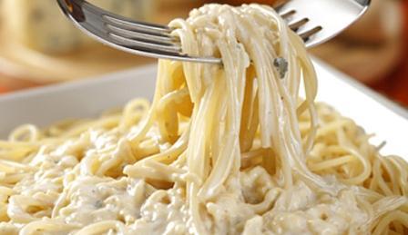 491634 Espaguete com creme de leite 1 Espaguete com creme de leite