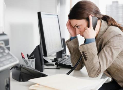 491733 Mulheres que trabalham por muito tempo seguido engordam mais Mulheres que trabalham por muito tempo seguido engordam mais