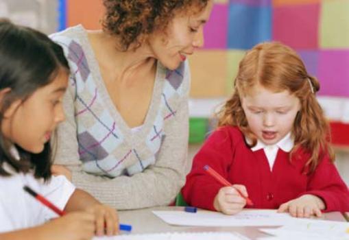 492276 A quantidade de alunos na sala %C3%A9 umd oscriteros que devem ser avaliados na hora da mudan%C3%A7a. Mudar de escola no meio do ano: cuidados