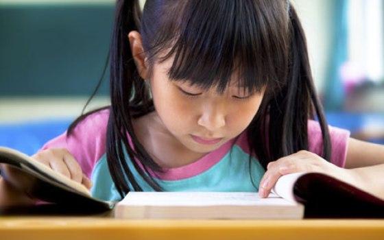 492276 Na hora da mudan%C3%A7a %C3%A9 exremamente importante levar em considera%C3%A7%C3%A3o a vontade da crian%C3%A7a. Mudar de escola no meio do ano: cuidados