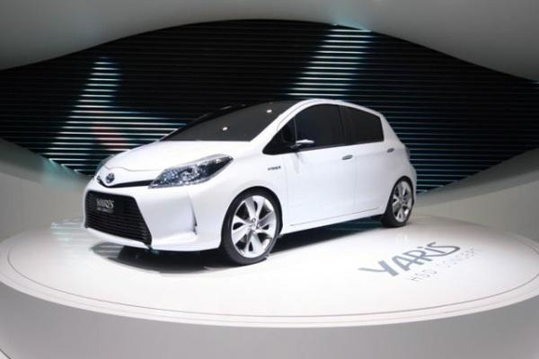 492846 Toyota Yaris HSD 2012 fotos novidades lançamento Toyota Yaris HSD 2012: fotos, novidades, lançamento