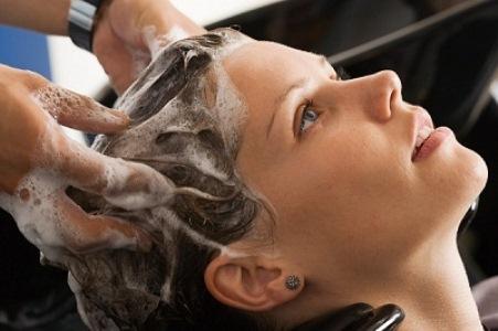 493726 Peeling capilar como funciona benefícios.3 Peeling capilar: como funciona, benefícios