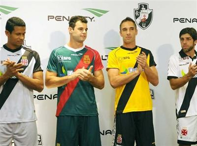 494124 Uniforme do Vasco 2012 2013 Uniforme do Vasco 2012 2013